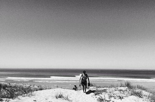 Somewhere in the Landes - surfer en septembre à hossegor
